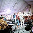 Yacht Rock Revival 2012 lo res-19